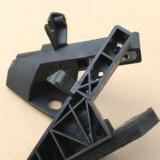 适用于奔驰C级W205前大灯下保险杠固定支架OE-A2056203401/3501